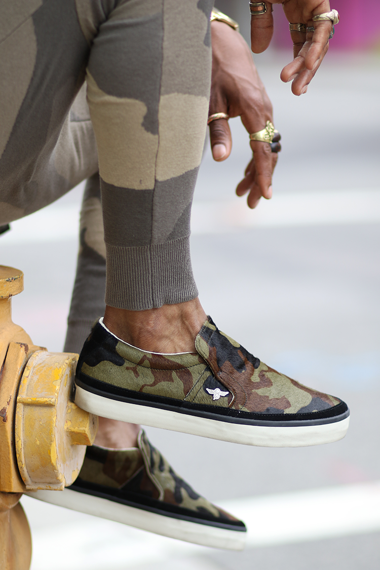 camo-sneakers