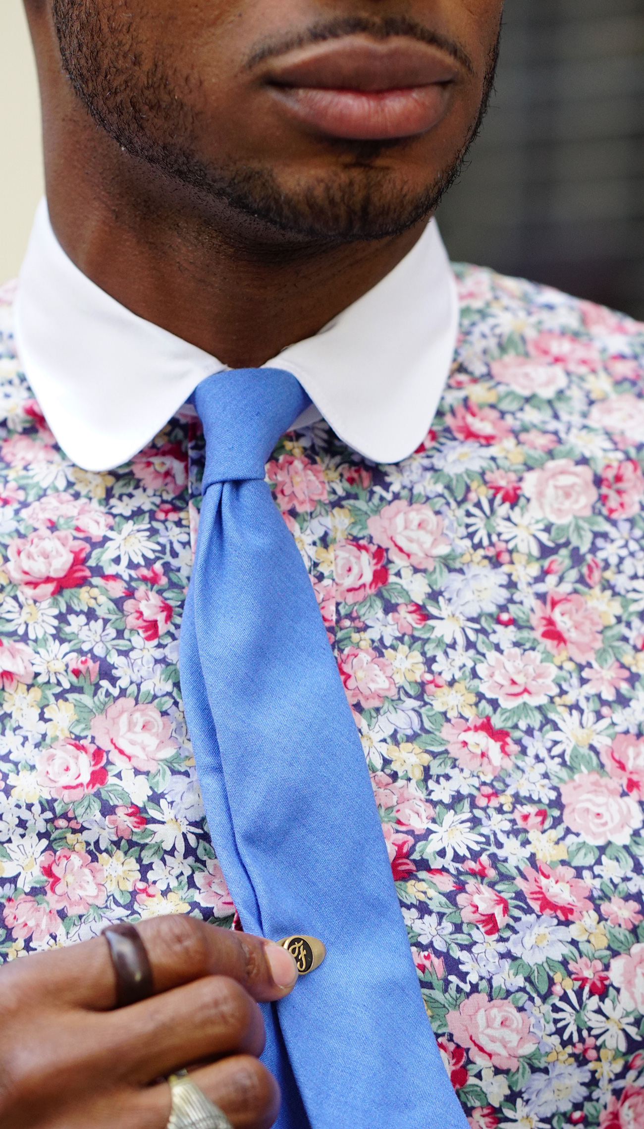 four-in-hand-tie-knot