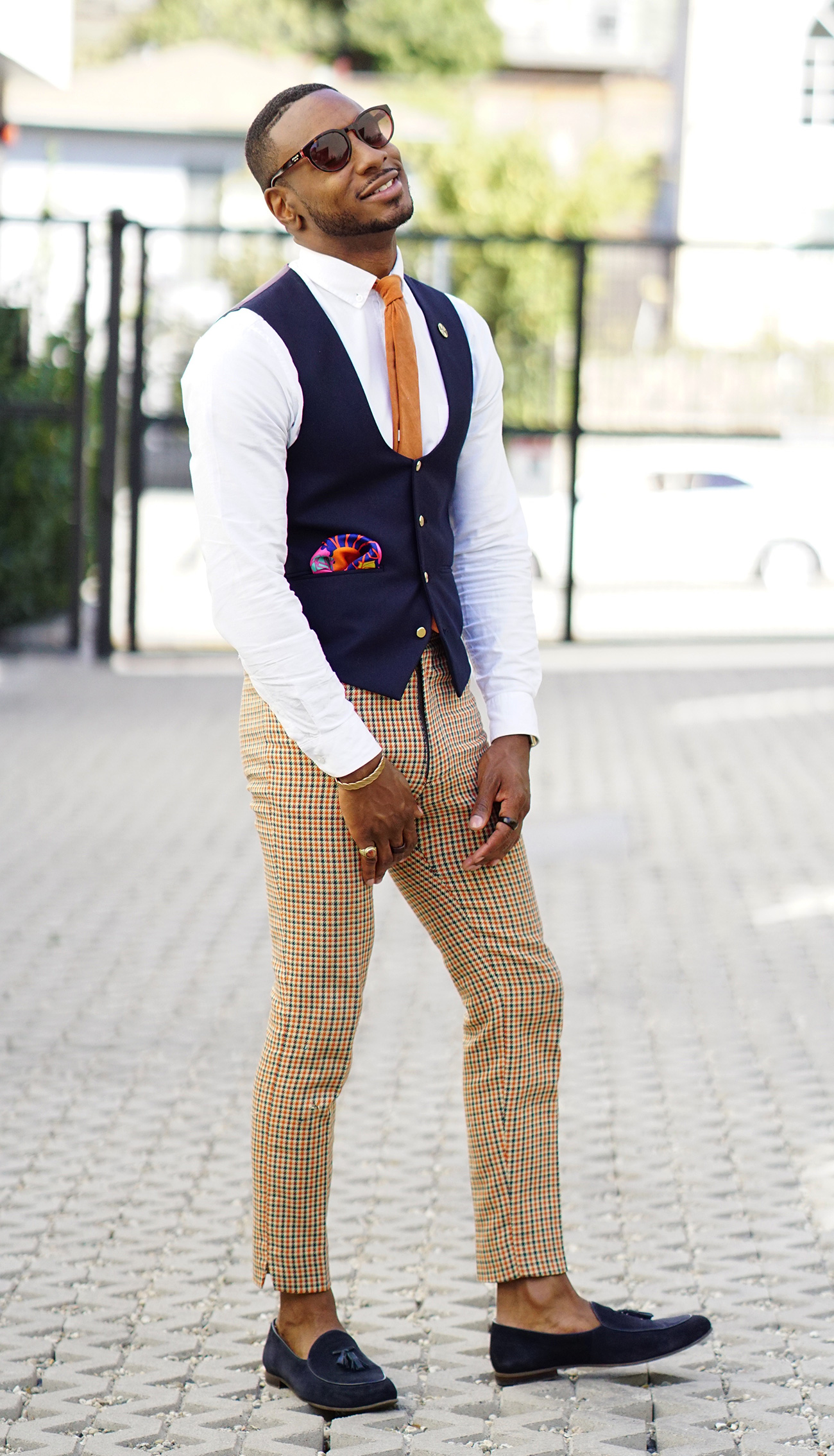 HOW TO GIVE VINTAGE PANTS A MODERN VIBE – Norris Danta Ford